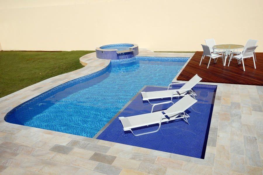 Piscina com deck molhado piso para piscina for De k piscina