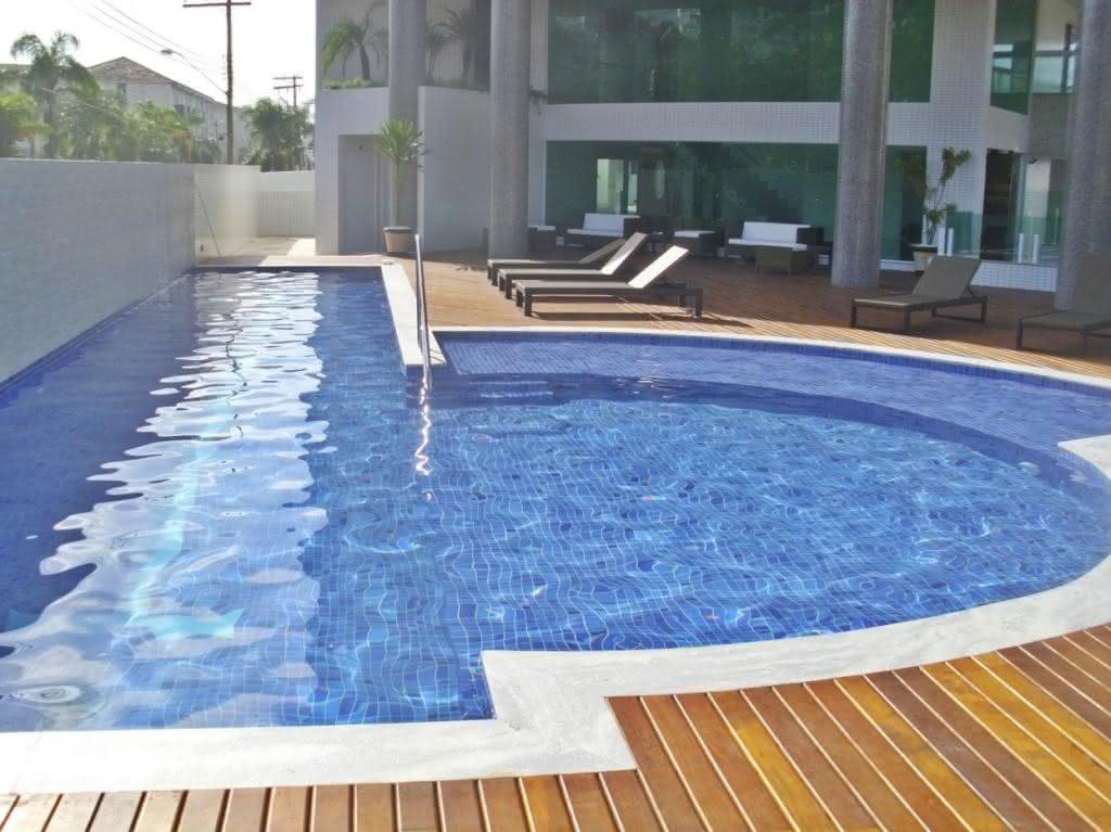 47 fotos de paisagismo para piscina e jardim residencial for Piscina residencial