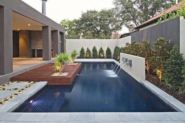 47 fotos de paisagismo para piscina e jardim residencial - Piscinas de patas ...
