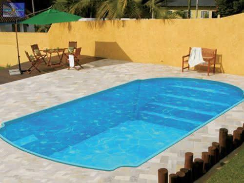 Piscinas Pequenas para Casas: Fibra & Alvenaria - 40 Modelos