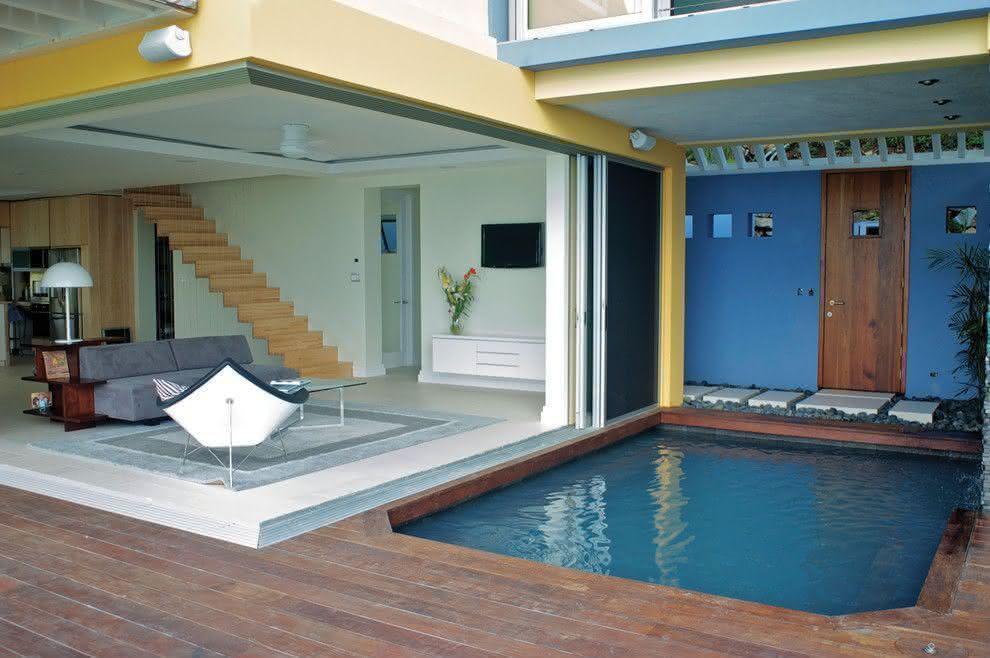 Piscinas pequenas para casas fibra alvenaria 40 modelos for Fotos de piscinas pequenas para patios