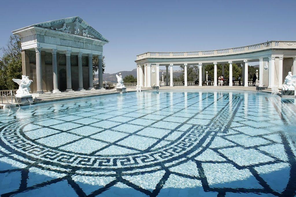 Azulejos para piscina de alvenaria 20 modelos azulejo for Modelos gresite piscinas